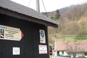 Prevádzku lyžiarskeho strediska obec zvládla. Chýba jej však kapitál na preklenutie slabej sezóny.