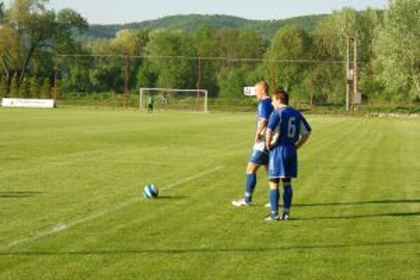 Futbalisti ŠK Kremnička by mali začať jarnú časť zápasom v Námestove.