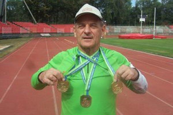 Dve zlaté a jedna bronzová medaila Vladimíra Výbošťoka z európskeho šampionátu v nemeckom Zittau.
