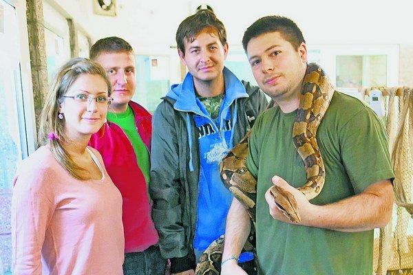 Uprostred univerzity majú exotické aj nebezpečné zvieratá.