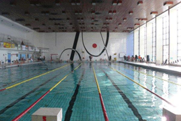 Zrekonštruovanú plaváreň by mali otvoriť koncom budúceho leta.