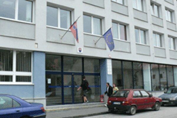 Rozpočet Akadémie umení v Banskej Bystrici môžu priškrtiť výsledky komplexnej akreditácie.