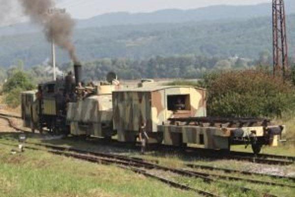 Vlak Štefánik predviedli v lete 2011 na Medzinárodných leteckých dňoch.