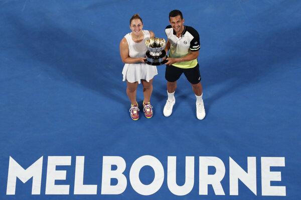 Kanadská tenistka Gabriela Dabrowská a Chorvát Mate Pavič získali na Australian Open titul v miešanej štvorhre.