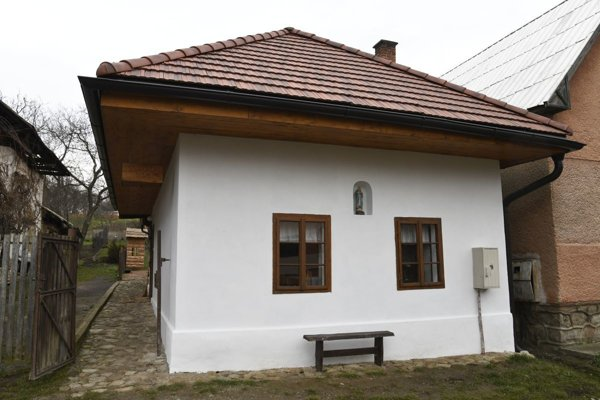 Zvonárike dom v Lazanoch.