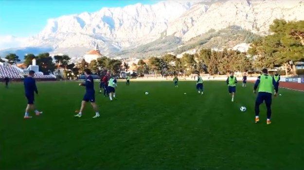 Tréning v peknom prostredí na štadióne v Makarskej.