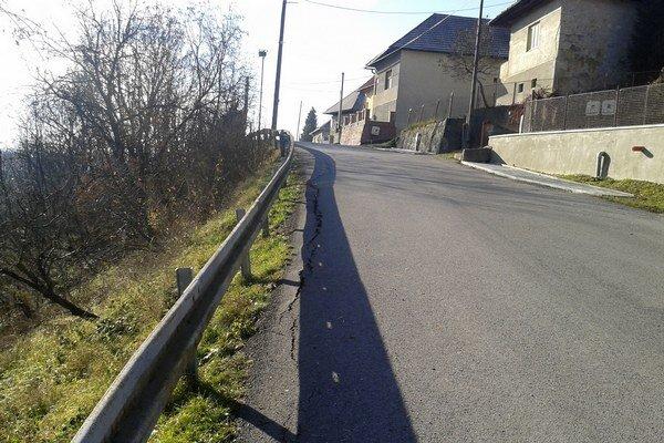 Cesta v Železnej Breznici.