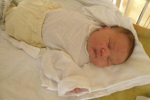 Vivien Mrekajová (4070 g, 53 cm) sa narodila 21. januára Denise a Mikulášovi z Podolia.