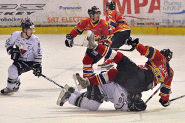 Zvolenskí hokejisti sa v prvých štvrťfinálových dueloch, už túto sobotu a nedeľu, predstavia na ľade Slovana Bratislava.