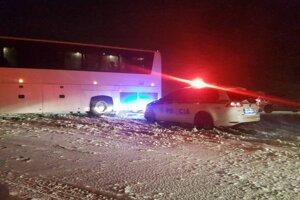 Situácia na ceste pri Kapušanoch.