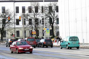 Premávka pri OC Galéria výraznejšie nehustne, nové semafory ju až tak nebrzdia.