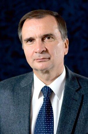 Dekan prof. Ing. STANISLAV UNČÍK, PhD.