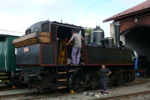 Malý Býček - parná lokomotíva zo Zvolena.