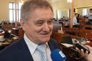Župan Belica nemal štyroch zástupcov nikdy, a to je jediným županom, akého Nitriansky kraj v novodobej histórii mal.