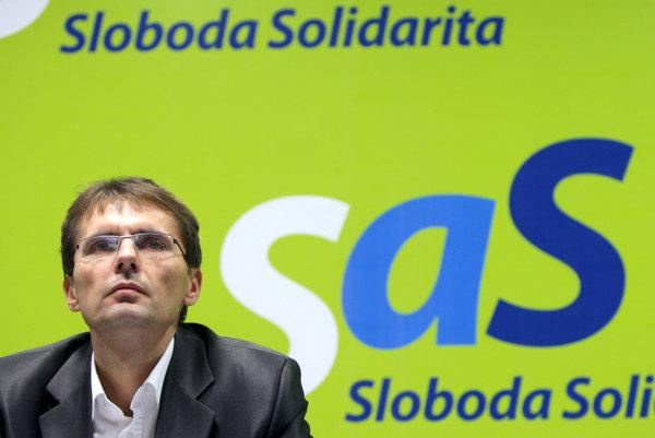 Za kľúčovú stranu pri vzniku pravicovej vlády považuje podpredseda SaS Ľubomír Galko SNS.