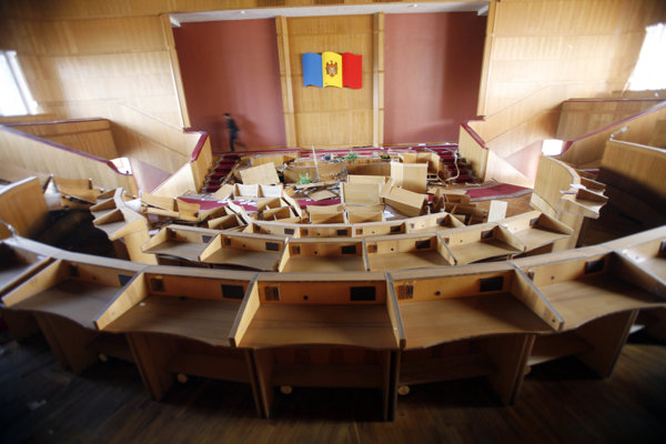 Rokovacia sála moldavského parlamentu.