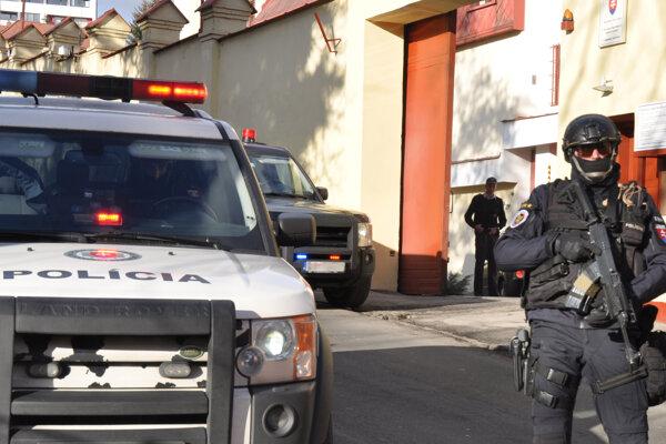 Dnes platili v Banskej Bystrici mimoriadne prísne bezpečnostné pravidlá.