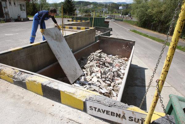 Za drobný stavebný odpad sa bude platiť.