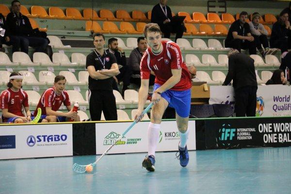 Patrik Bachan z FBK Nižná pôvodne v nominácii nefiguroval. Napokon nastupoval v druhej formácii.