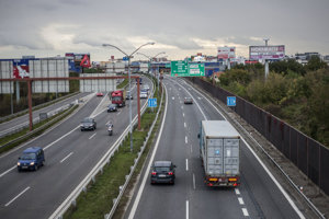 Obchvatu Bratislavy stále chýbajú veľkí stavbári