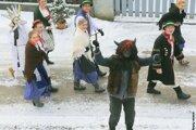 Fašiangové tradície v Porube.