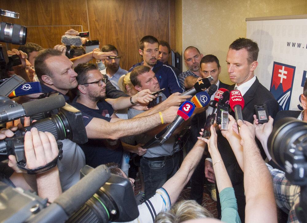 Richard Lintner po voľbe predsedu SZĽH.