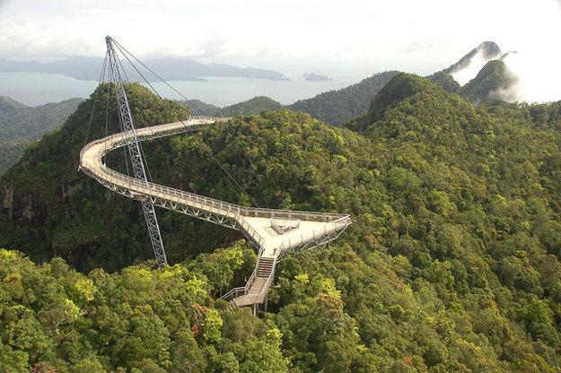Malajzia. Langkawi Sky Bridge