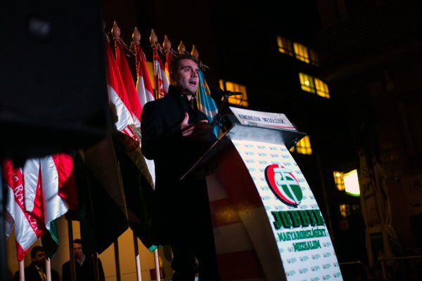 Predseda Jobbiku Gábor Vona.