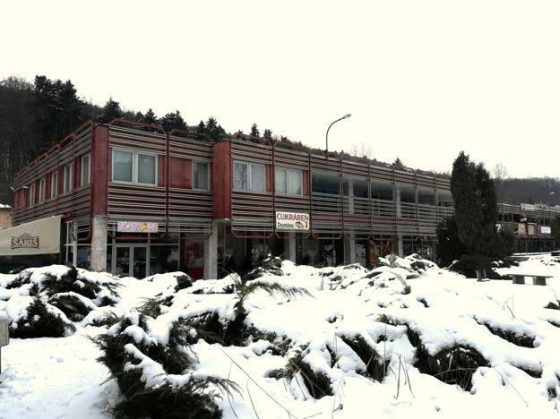 Kšefty s totuo budovou stáli daňových poplatníkov už niekoľko miliónov.