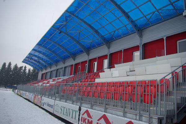 Hlavná tribúna štadióna MFK Zvolen