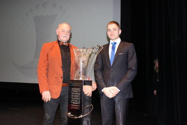 Martin Nemček spolu s trénerom Ľubomírom Hagarom.