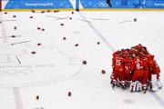 OŠ z Ruska sa radujú z triumfu vo finále hokejového turnaja mužov na ZOH 2018.