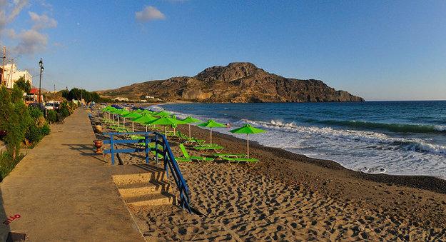 Pláž Plakias na Kréte.