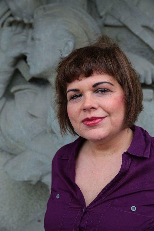 Júlia Mikolášiková