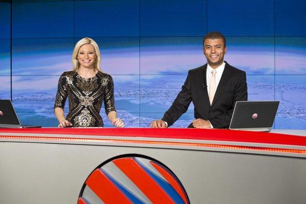 CET21, majiteľ vysielacej licencie na českú televíziu Nova, tlačí slovenských operátorov, aby prestali šíriť stanice Nova, Nova Cinema a ďalšie.