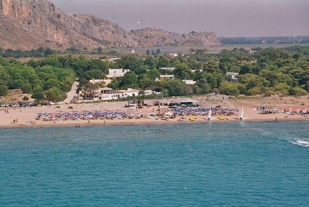 Hotel Kalogria Beach 3*+