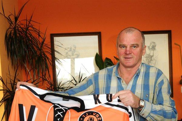 Kapitán šampiónov. Igor Liba sa na spomienku veľmi teší.