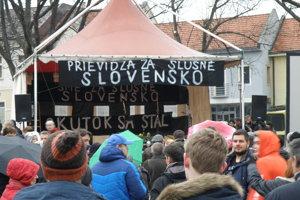 Prievidza za slušné Slovensko.