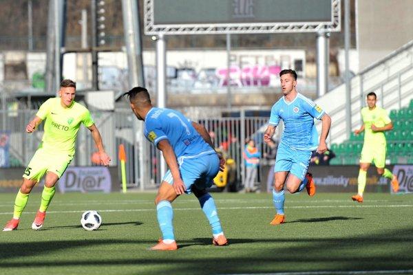 Futbalisti MŠK dnes nedovolili Slovanistom radovať sa z gólu.