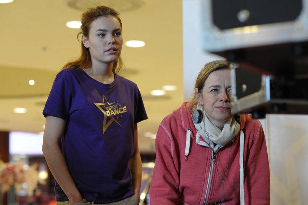 Režisérska Andrea Sedláčková (vpravo) mala na starosti film.