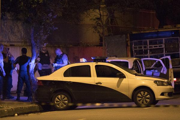 Polícia vyšetruje atentát na političku Marielle Franco.