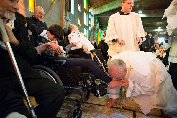 Obrad sa koná v kostoloch po celom svete na veľkonočný Zelený štvrtok.