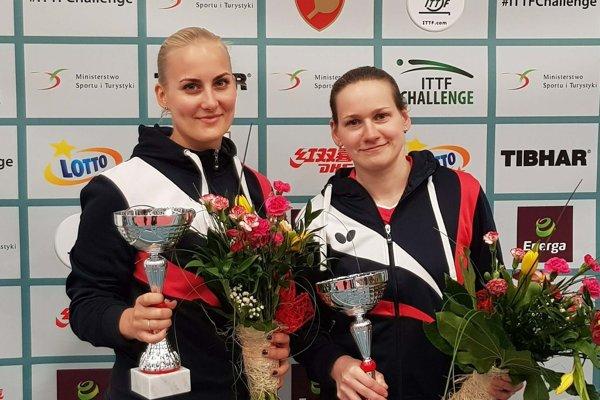 Barbora Balážová (vľavo) a Hana Matelová.