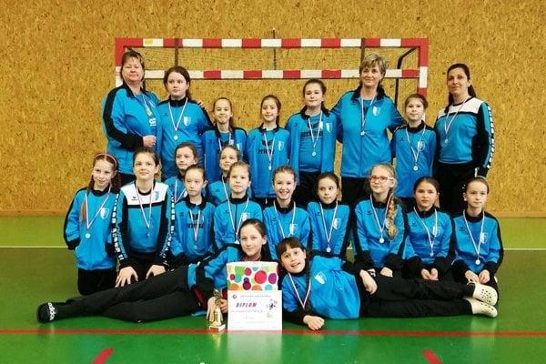 Družstvo Šale B získalo strieborné medaily.