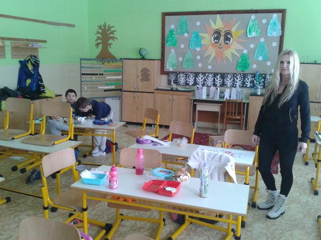 Deti v školskom klube na ZŠ na Ulici Obrancov mieru v Detve počas štrajku učiteľov.