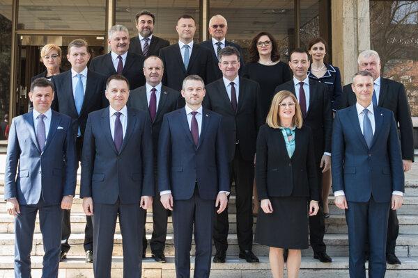 Nová vláda Petra Pellegriniho.