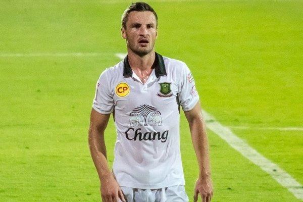 Oravský futbalista naposledy pôsobil v Thajsku.