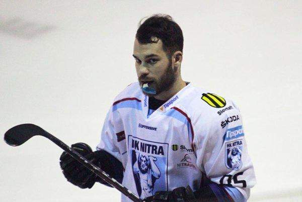 Marek Slovák strelil víťazný gól osem sekúnd pred koncom. Nitra v piatok porazila Trenčín 4:3.