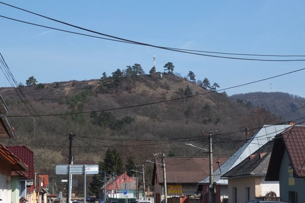 Šibeničný vrch Žiarčania obľubujú ako miesto prechádzok.