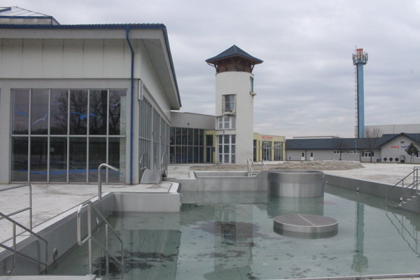 Ani v tomto roku nebude v akvaparku otvorená letná sezóna.
